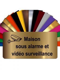 Plaque - Maison Sous Alarme Et Vidéosurveillance - Autocollante – Plaque De Maison PVC Adhésive 10 x 5 cm (Or Mat)