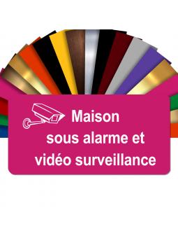 Plaque - Maison Sous Alarme Et Vidéosurveillance - Autocollante – Plaque De Maison PVC Adhésive 10 x 5 cm (Rose)