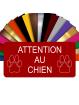 Plaque Attention Au Chien Autocollante – Plaque De Maison PVC Adhésive 10 x 5 cm (Rouge)