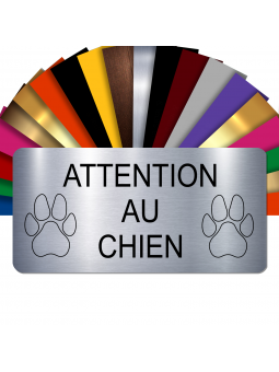 Plaque Attention Au Chien Autocollante – Plaque De Maison PVC Adhésive 10 x 5 cm (Gris Alu Brillant)