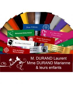 Plaque Boite Aux Lettres Avec DESSIN Adhésive PVC – Plaque Gravée À Personnaliser 10 x 2,5 cm (Bordeaux)